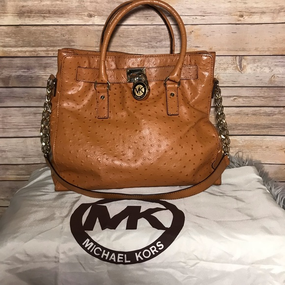 3565c477e664 Michael kors hamilton Large ostrich embossed. M_5c534333534ef9048fe970d8.  Other Bags ...